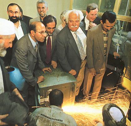 طلاي باختري با ارزش تر از کتیبه کوروش ,به بهانه نمایش گذاشتن ۵۰۰سال تمدن افغانستان در موزه لندن TTVictor